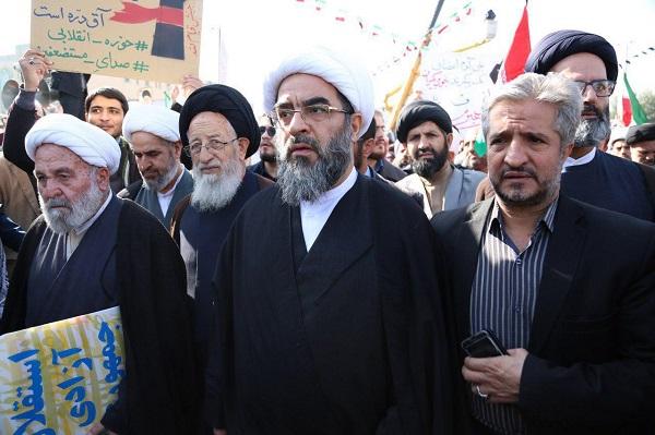 حضور حضرت آیت الله فاضل لنکرانی(دامت برکاته) در راهپیمایی پرشکوه 22 بهمن 1396