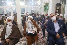 برگزاری جشن عید مبعث در دفتر و معمم شدن طلاب به دست معظم له